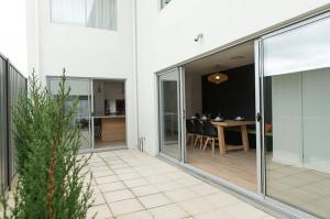 Terrace-220-02a