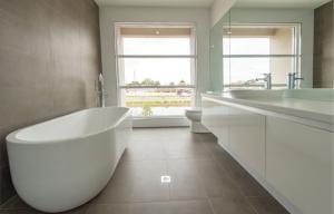 r230-bath