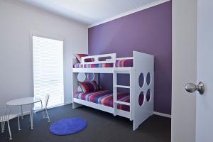 renoir245_bed3