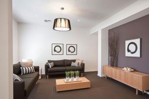 renoir245_lounge