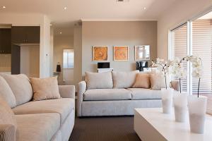 vg200_lounge